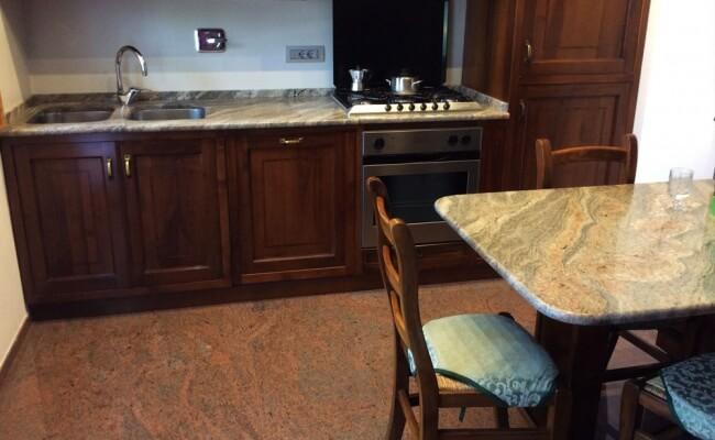 pavimento-cucina-multicolor