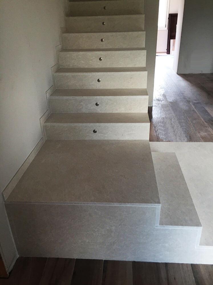 Impieghi la quattro marmi e granitila quattro marmi e - Granito per scale ...